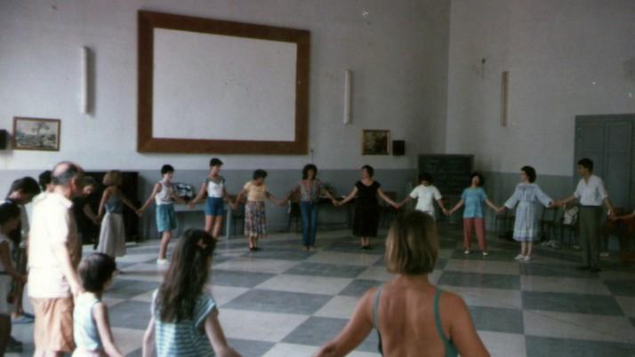 """""""Weekend per le mamme – danze collettive della tradizione popolare internazionale"""" –  20/21 Gennaio 2018"""